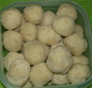 Cashew laddus