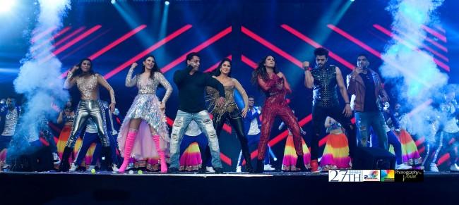 Salman Khan pulls in 11,000 fans to first Da-Bangg Reloaded concert in Atlanta