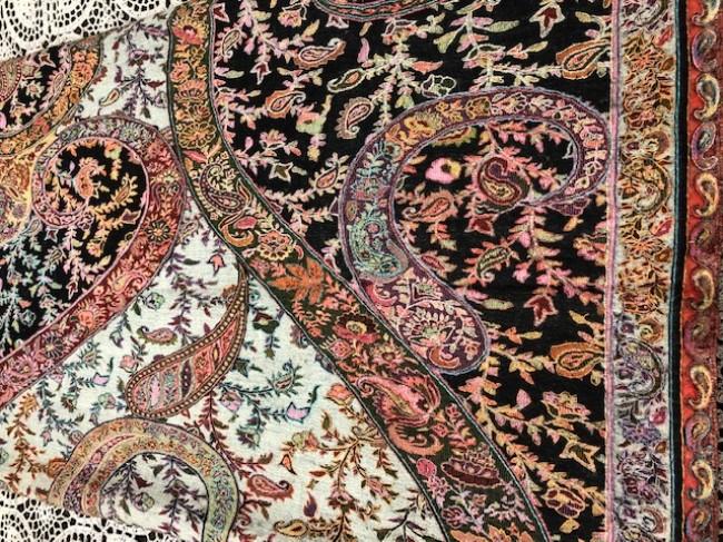 The history of pashmina shawls